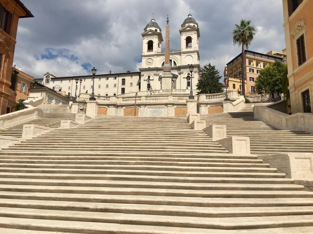 Испанская лестница на площади Испании