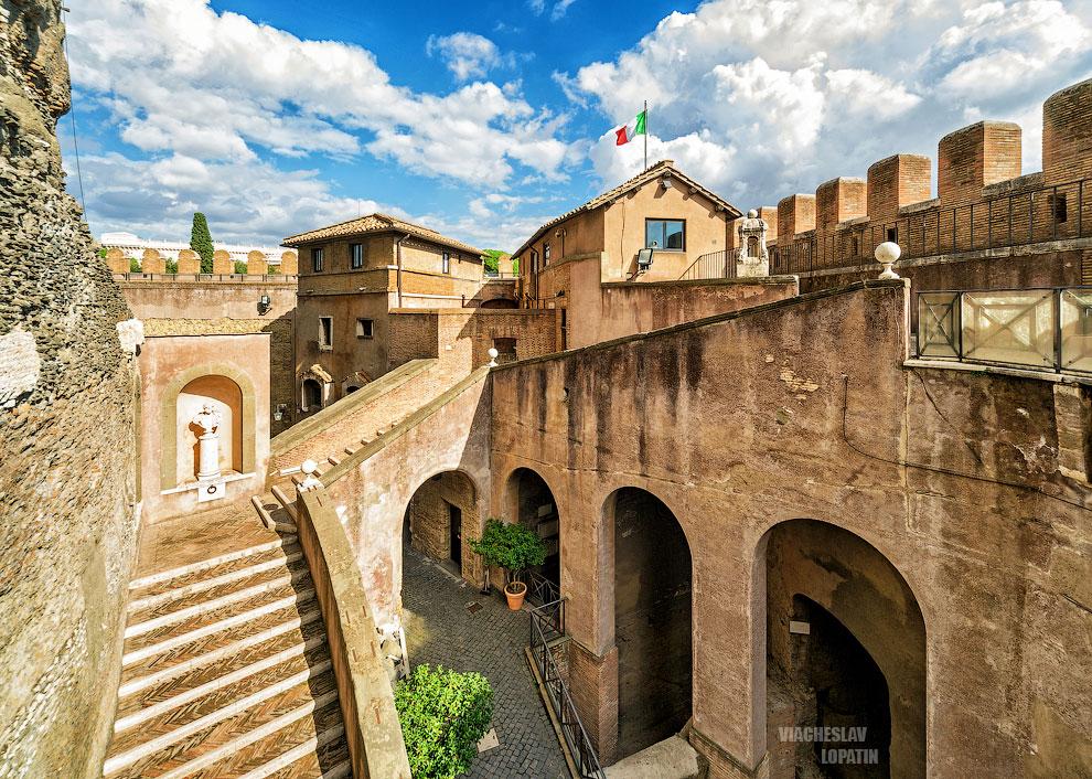 Дворик Ангела, замок Святого Ангела, Рим