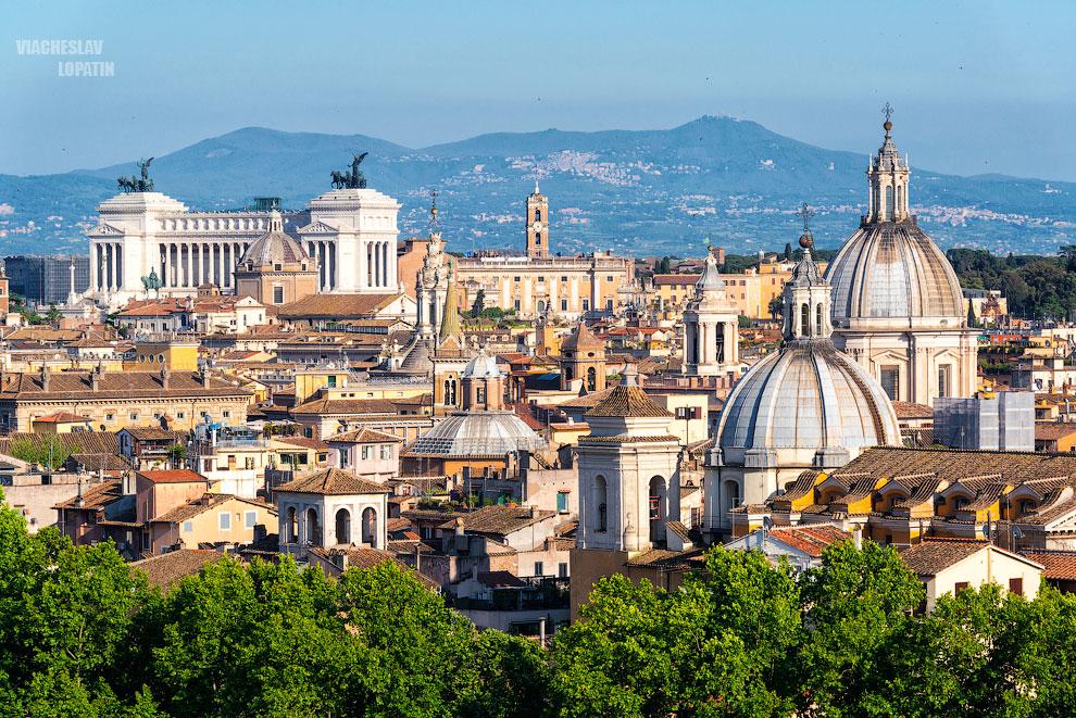 Вид на Рим со смотровой площадки замка Святого Ангела