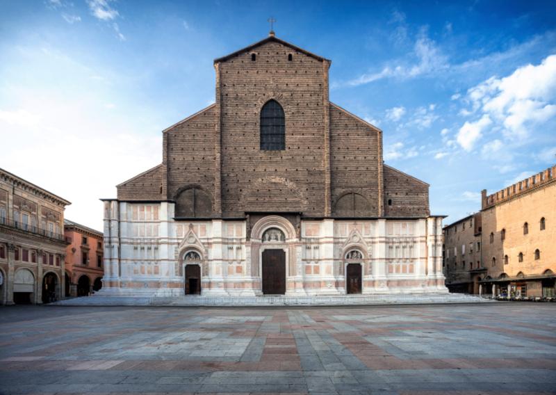 La Basilica di San Petronio (Базилика Святого Петрония)